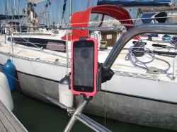 Support smartphone avec fixation sur tube (différentes tailles)