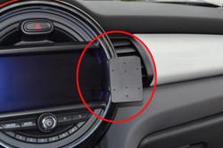 Fixation voiture Proclip  Brodit Mini Cooper  SEULEMENT pour les modèles avec: Visual Boost et Navigation XL Écran 8,20 cm. Réf 855168