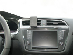 Fixation voiture Proclip Brodit Volkswagen Tiguan. Réf 855218