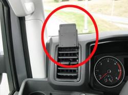 Fixation voiture Volkswagen Crafter. Réf Brodit 805304