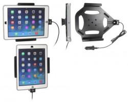 Support iPad Air avec adaptateur allume-cigare et cable USB. Pour appareil avec étui Otterbox Defender. Réf Brodit 521600