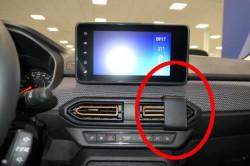 Fixation voiture Dacia Sandero. Réf Brodit 855668