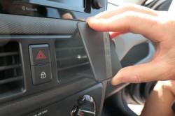 Fixation proclip pour Hyundai i10. Réf Brodit 855626