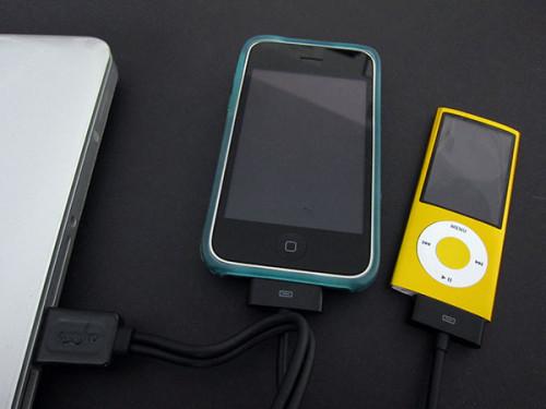 Doubleur recharge et synchro iPhone et iPod