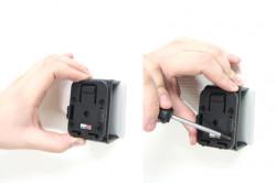 MultiMoveClip: Ensemble complet. Contient 1 MultiMoveClip, 2 plaques adaptateurs, 4 vis. Réf 215503