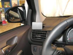 Fixation voiture Proclip  Brodit Scion iQ Réf 804292