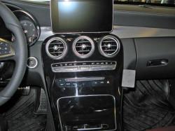Fixation voiture Proclip Brodit Mercedes Benz C-Class (180-320)  PAS pour les modèles avec panneau de bois. UNIQUEMENT pour changement de vitesse automatique. Réf 854996