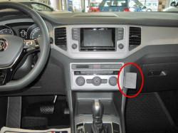 Fixation voiture Proclip  Brodit Volkswagen Golf Sportsvan Réf 855030