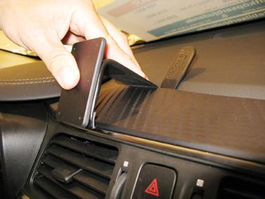 fixation voiture proclip renault kadjar fixation a rateurs t l phones tablettes gps. Black Bedroom Furniture Sets. Home Design Ideas