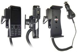 Support voiture  Brodit Sony Ericsson Elm  avec chargeur allume cigare - Avec rotule. Avec connecteur pass-through pour la connectivité casque. Réf 512134