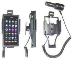 Support voiture  Brodit Nokia Lumia 800  avec chargeur allume cigare - Avec rotule. SEULEMENT pour une utilisation avec appareil avec la boîte d'origine Nokia. Réf 512297