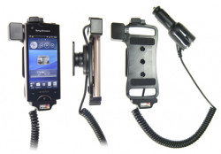 Support voiture  Brodit Sony Ericsson Xperia Ray  avec chargeur allume cigare - Avec rotule orientable. Réf 512293