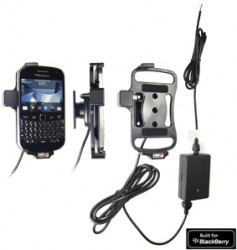 Support voiture  Brodit BlackBerry Bold 9900  installation fixe - Avec rotule, connectique Molex. Chargeur 2A. Réf 513271