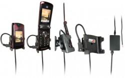 Support voiture  Brodit Motorola RAZR2 V9  installation fixe - Avec rotule, connectique Molex, chargeur 2A. Réf 971181