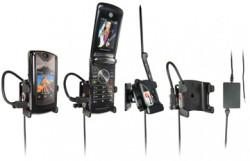 Support voiture  Brodit Motorola RAZR2 V8  installation fixe - Avec rotule, connectique Molex, chargeur 2A. Réf 971189